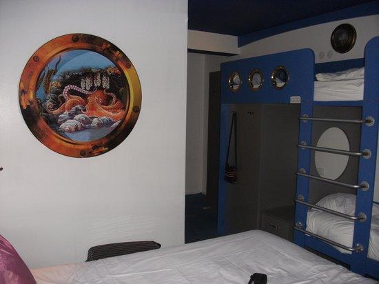 Hotel Jules Verne Premium: 2 lits superposés