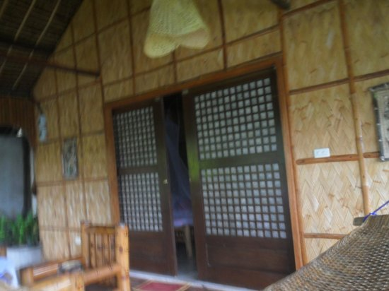Bamboo Beach Resort : Our room