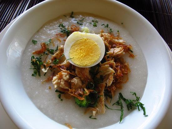 Munduk Moding Plantation: Chicken porridge