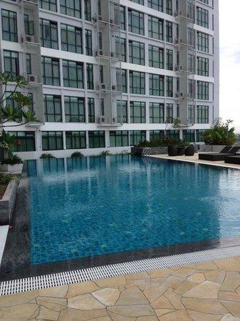 Citadines Uplands Kuching: Swimming Pool