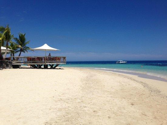Castaway Island Fiji : Beach View