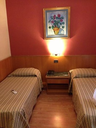 Hotel Giolli Nazionale: camera doppia