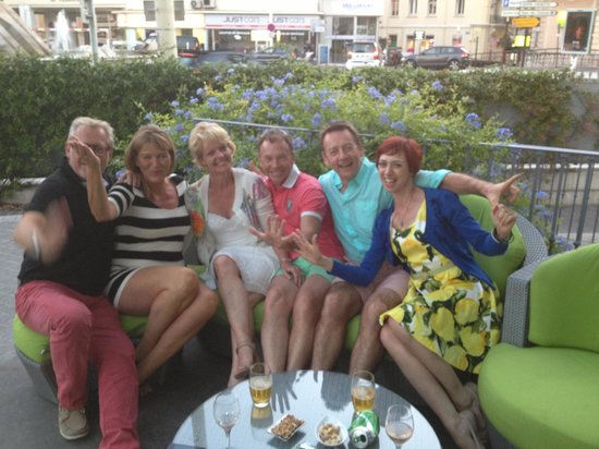 Villa Garbo : Drinks on the terrace and new friends