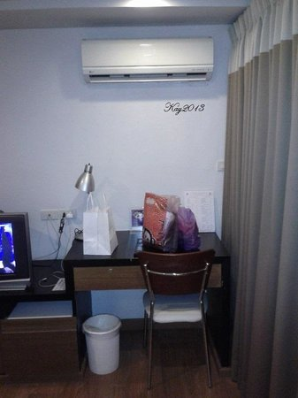 I Residence Hotel Sathorn : strong aircond