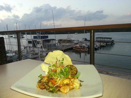 Noosa Yacht and Rowing Club: chilli plum prawns. Yum!!
