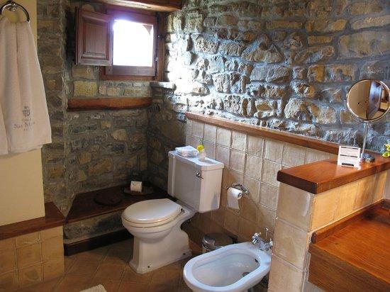 Casa de San Martin: Coqueto y limpio baño