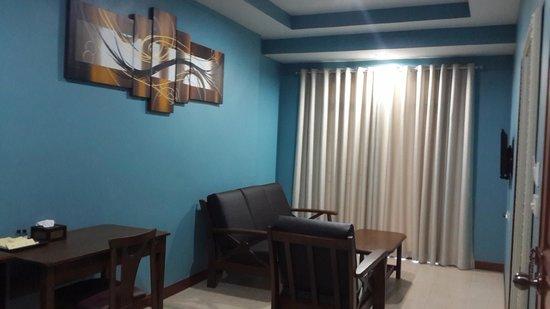 Pattaya Garden Apartments: Two Bedroom Suite