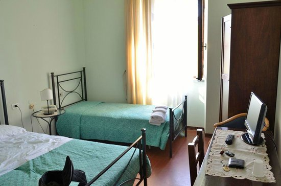 Hotel La Rocca Dei Malatesta : La camera