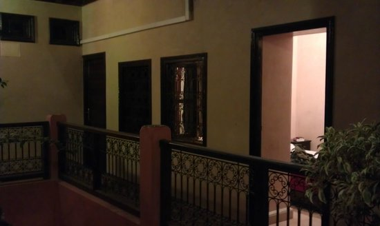 Hotel Cecil Marrakech: our room from the outside