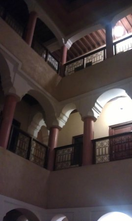 Hotel Cecil Marrakech: looking up from the central courtyard