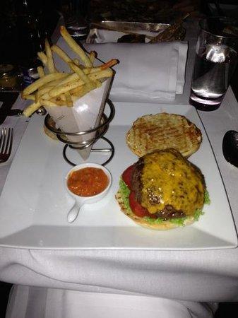 The Qube: Burger