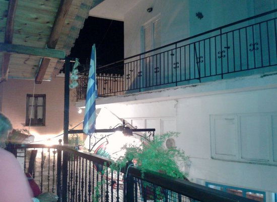 Palouki Restaurant : Intimate balcony