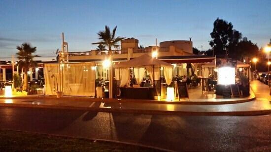 Las Palmeras: Beautiful and cozy atmosphere