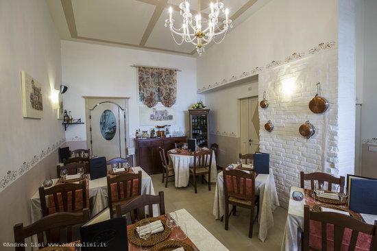 Tari' Ristorante Pizzeria: Vista Sala Bar Ristorante Tarì