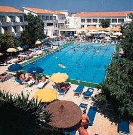 Napa Plaza Hotel: Zwembad