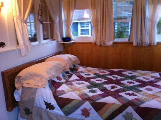 Colorado Cottages: Bedroom - Wild Rose