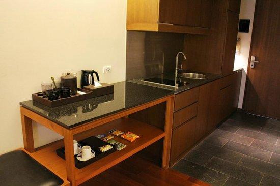 Hansar Bangkok Hotel : キッチン