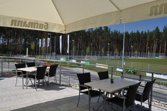 Restaurant Cafe Waldblick: Ausblick Terrasse