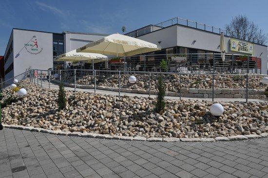 Restaurant Cafe Waldblick: Terrasse vor dem Restaurant