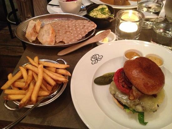 Riche: delicious burger
