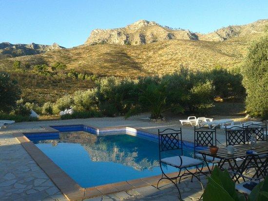 Yoga Holidays Spain - Casa de Carrasco: pool with mountain view