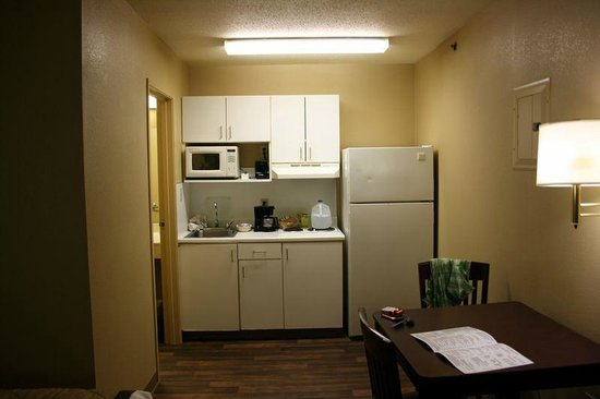 Extended Stay America - St. Louis - Westport - East Lackland Rd.: Küche
