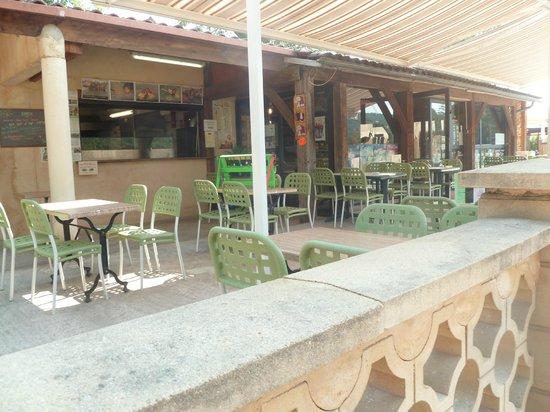 Domaine Des Chenes Verts: Bar - Restau