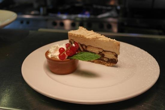 The Central Bar and Restaurant: biscuit cake