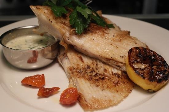 The Central Bar and Restaurant: pan fried skate