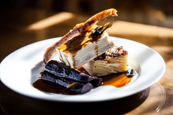 The Old Swan: Pork belly, dauphinoise potatoes, black carrots, crackling