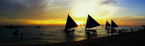 The G Suites Hotel Boracay : Sunset