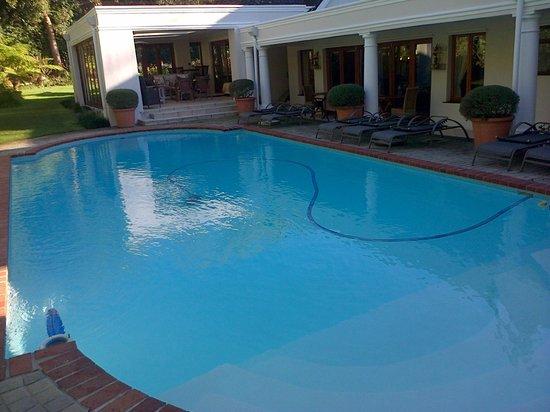 Fernwood Manor: Pool