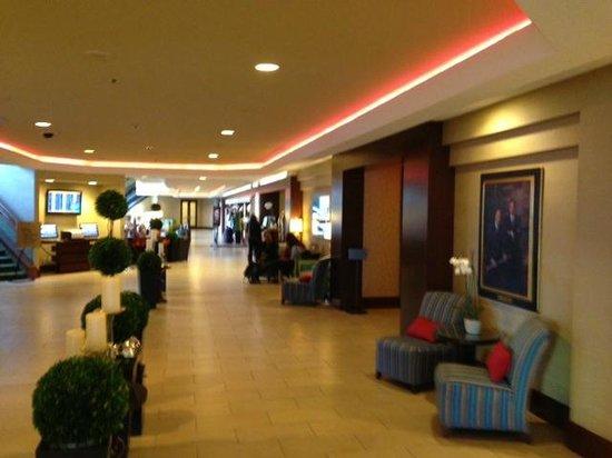 San Francisco Airport Marriott Waterfront: lobby