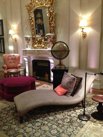 The St. Regis Florence: Hotel's Divan