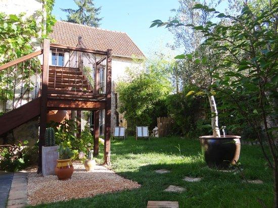 La Mona Guest House: jardin de la Mona guesthouse
