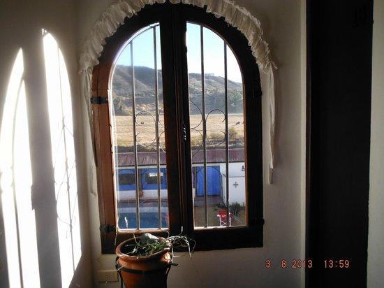 Hotel Pueblo Antiguo: Vue sur la puiscine