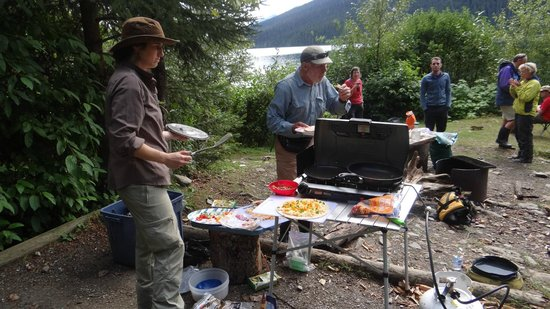 Bowron Lakes Provincial Park : Lunches were wholesome.
