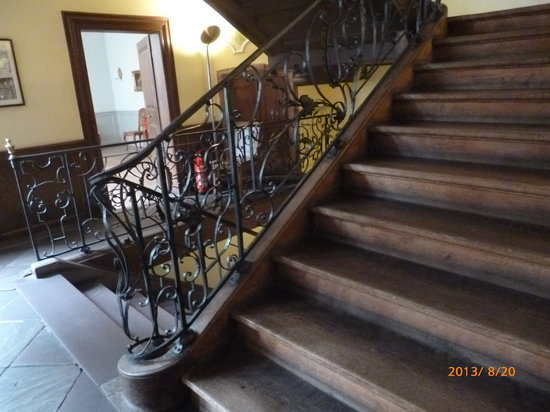 Goethe Museum: Staircase