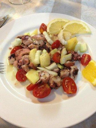 Ristorante Don Piricuddu : insalata di polpo con patate e pomodorini