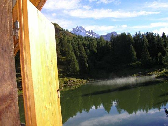 Albergo Miralago: Panorama dalla finestra della camera