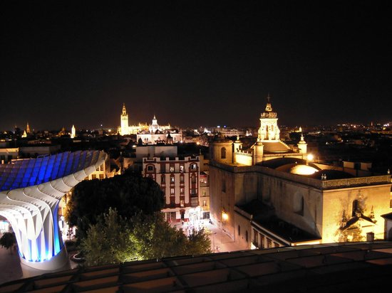 Oasis Seville: View from El Parasol with Oasis Hostel in down behind the church