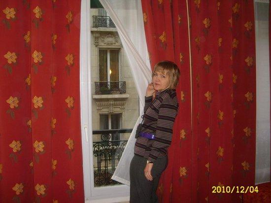 Hotel Brescia Opera: вид из окна