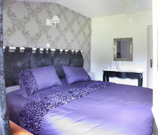 La Buzardiere B & B: Bedroom-annex