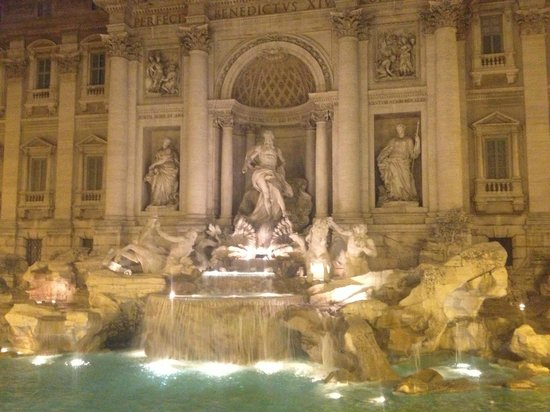 ARS Hotel: Trevi Fountain