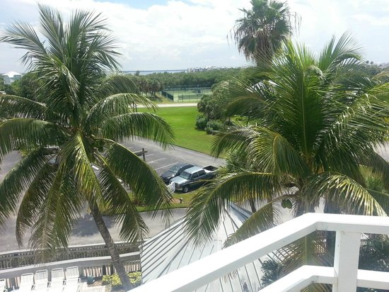 Marriott Beach Resort and Marina Hutchinson Island : Beach and Surrounding Area