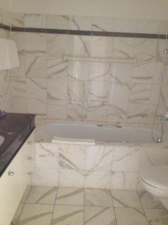 Villa Sassa Hotel, Residence & Spa: Tolles Badezimmer