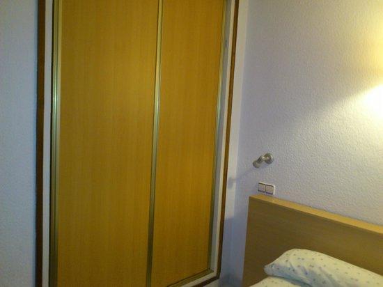 Apartamentos Zodiac: Cabina armadio
