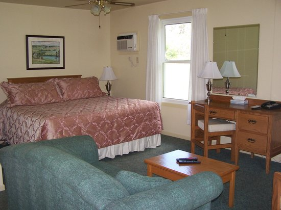 Bay Vista Motel: Room 27