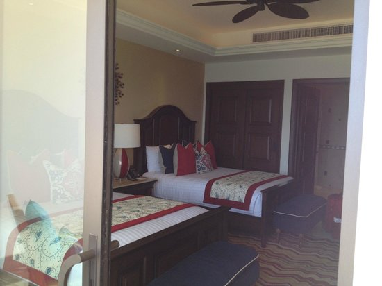 Grand Solmar Land's End Resort & Spa: Second bedroom in the two bedroom suite