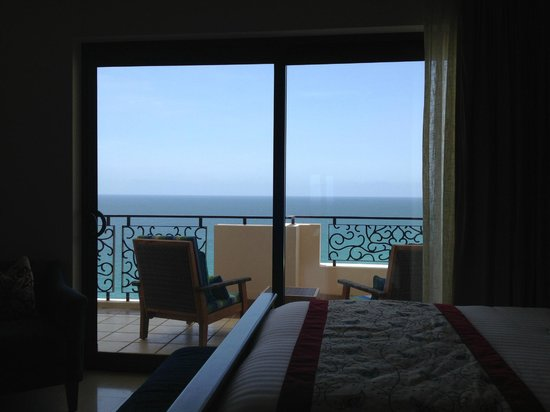 Grand Solmar Land's End Resort & Spa: View of the Balcony from the 2nd bedroom